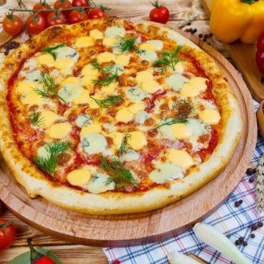 """Пицца """"Кватро формаджи"""""""