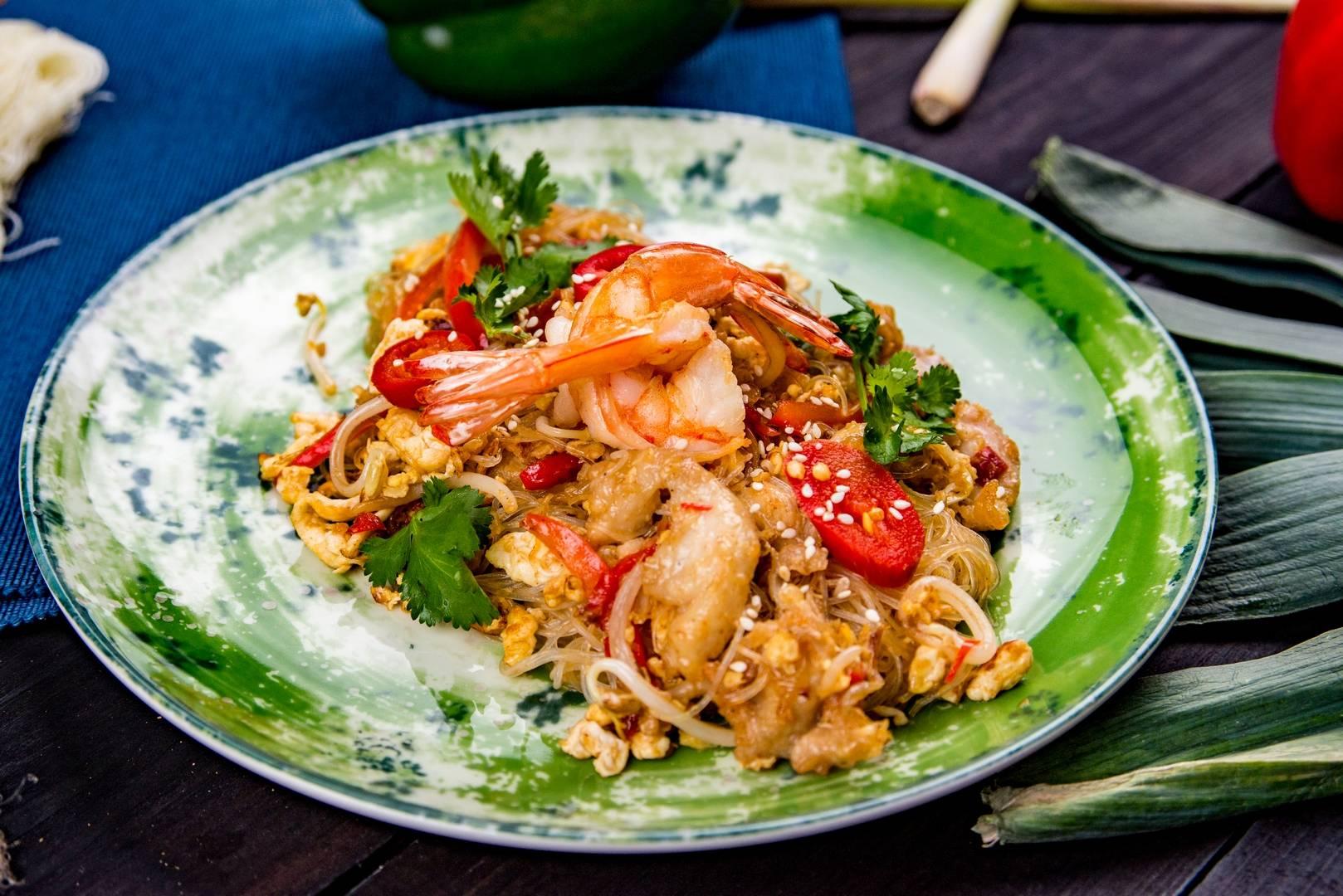 Рис малайзийский с курицей и креветками
