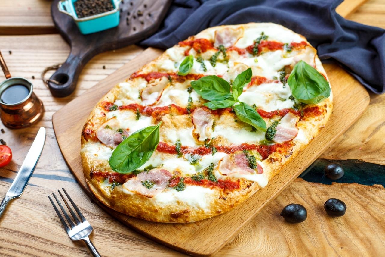 Римская пицца с беконом