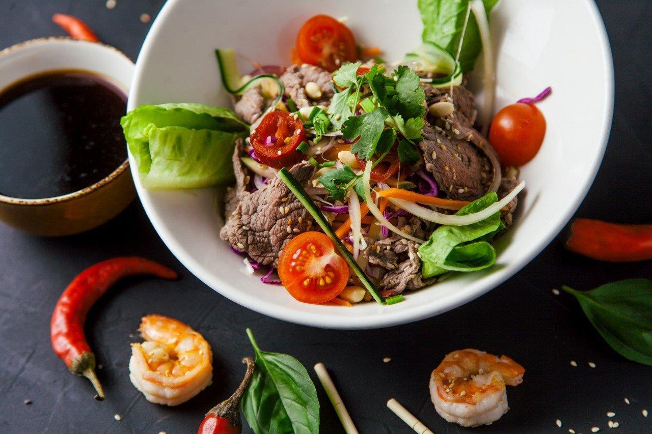 Салат с говядиной (вьетнам)