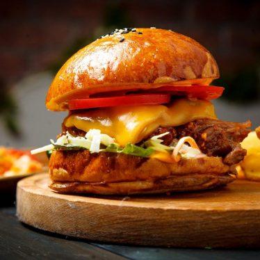 -Бургер с рваной свининой