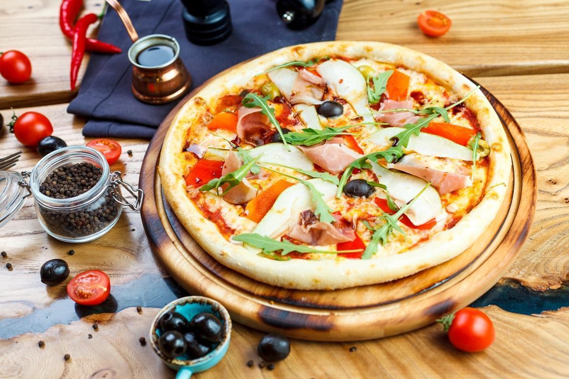 -Пицца с пармским окороком